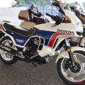 世界初ターボバイクの後継機 '83CX650ターボが走行〈映像あり〉