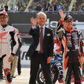ホンダとトヨタの社長がレーシングスーツ姿で競演!