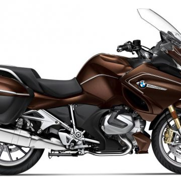 2020 BMW R1250RT Option 719 Stardust metallic.