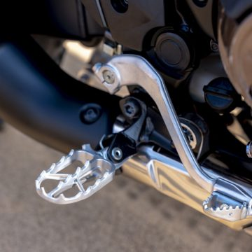 20YM Africa Twin Rally Step