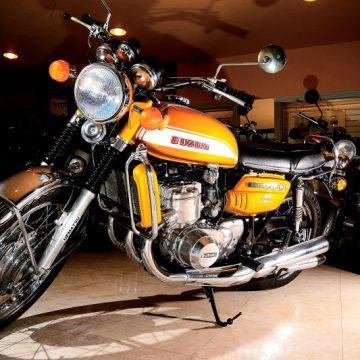 SUZUKI GT750 1971