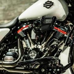 FLHXSEのエンジン