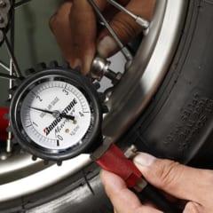 空気圧は信頼できるゲージを使って測定