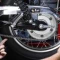 タイヤの空気圧&ドライブチェーンの点検こそ正しく徹底的に