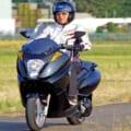 最大航続距離270km!ジャパンクオリティの電動バイク「アディバ VX-1」試乗レポート