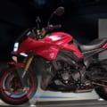 スズキが「WEB モーターサイクルショー」で赤いカタナを参考出品! マットブラックもある!
