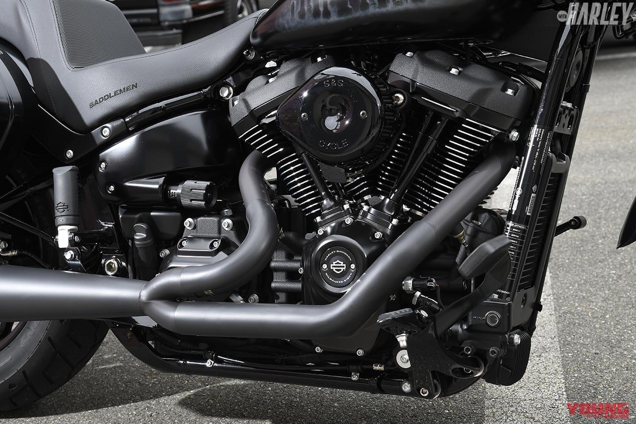 RTB Motorcycleスポーツグライドカスタム エンジンまわり