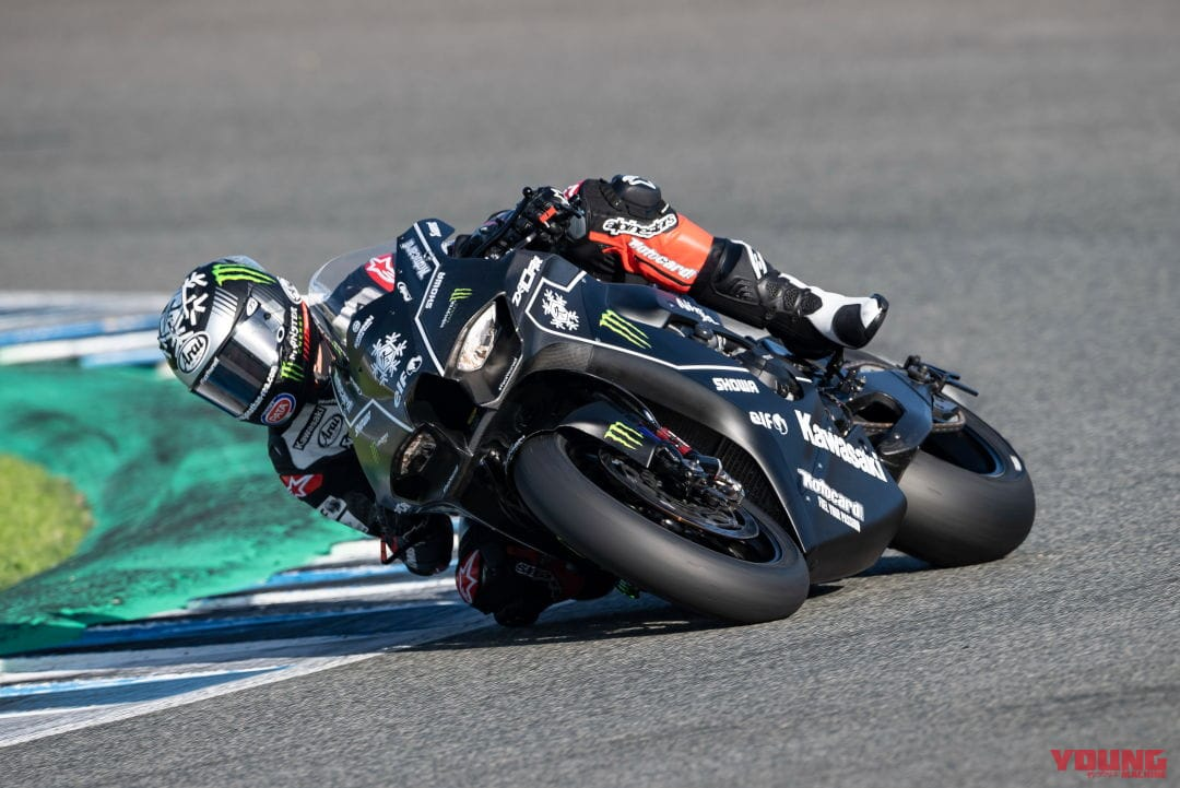 KAWASAKI Ninja ZX-10RR at winter test