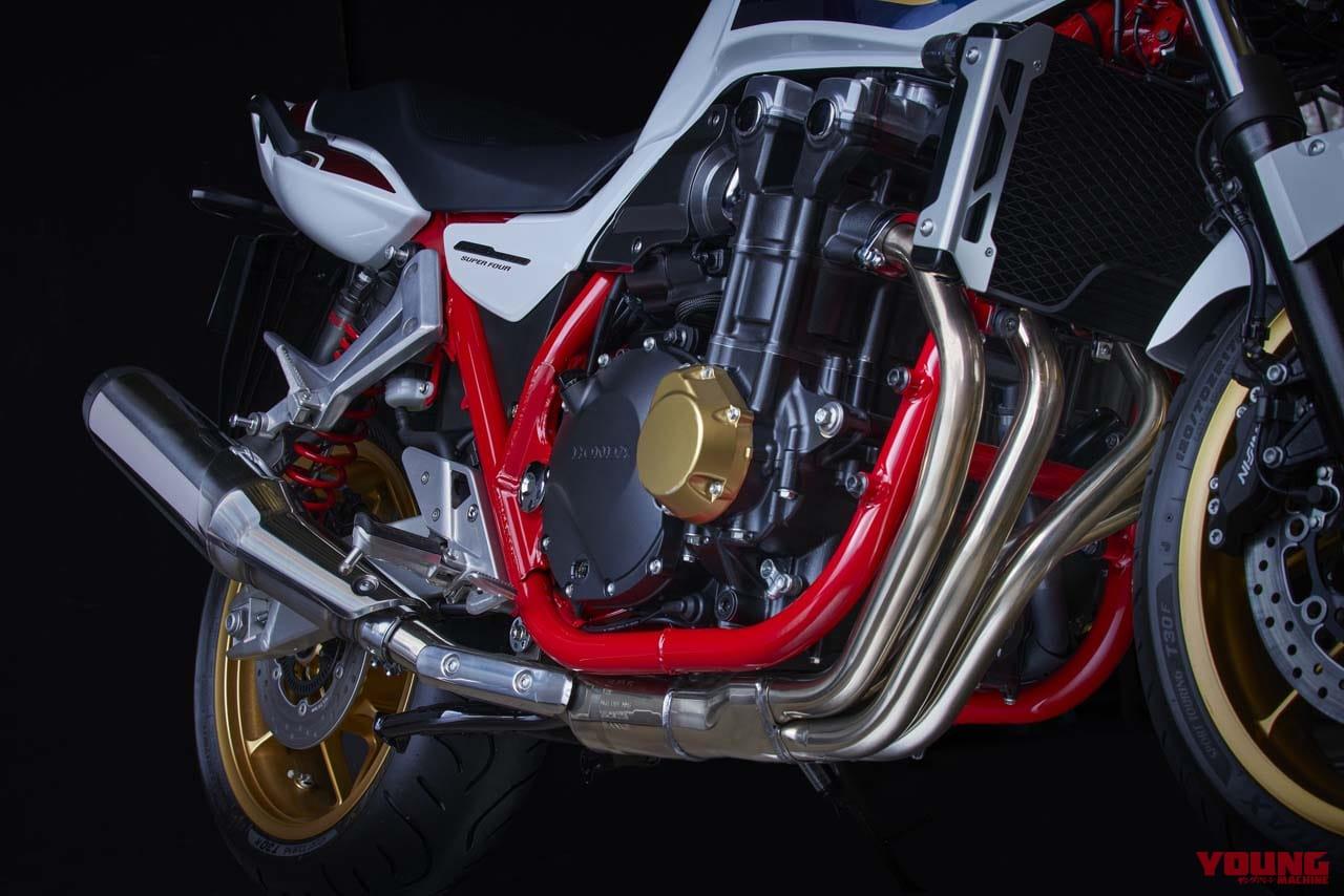 クルーズコントロール搭載! ホンダ「CB1300シリーズ」は電制進化で存続決定!