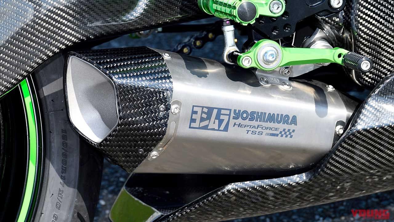 ヨシムラ 機械曲R-77Sチタンサイクロン カーボンエンド 政府認証