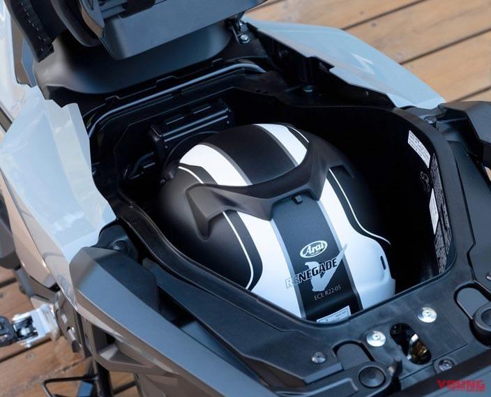 新型ホンダX-ADVは鋭くアグレッシブなフォルム+最新電脳盛りの全面強化を敢行