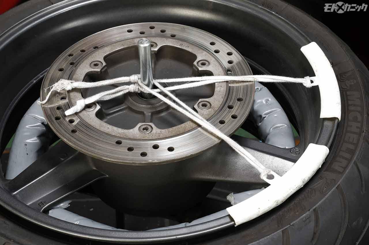 大型バイク極太タイヤのDIY交換〈ユニット タイヤチェンジャー〉