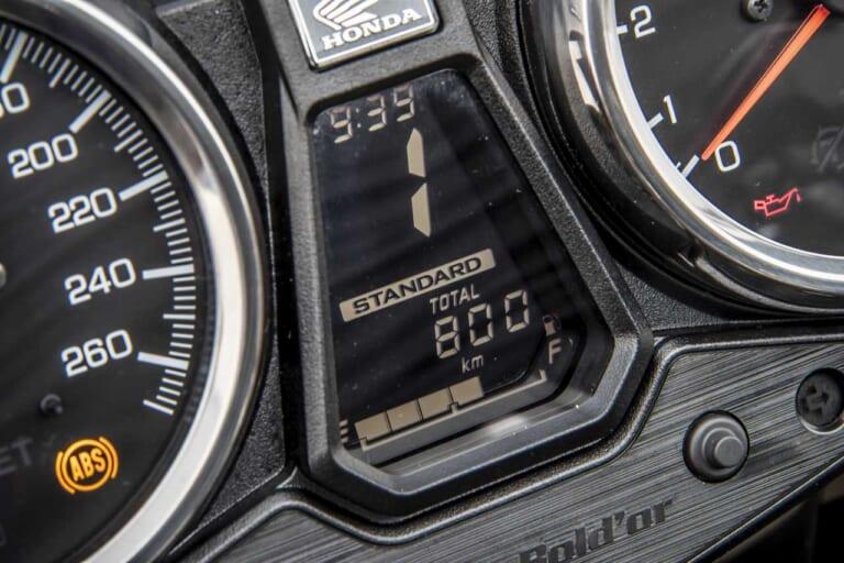 '21 ホンダ CB1300|トラクションコントロール入りライディングモードの表示