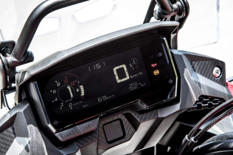 '20 ホンダ 400X モノデジタルメーター