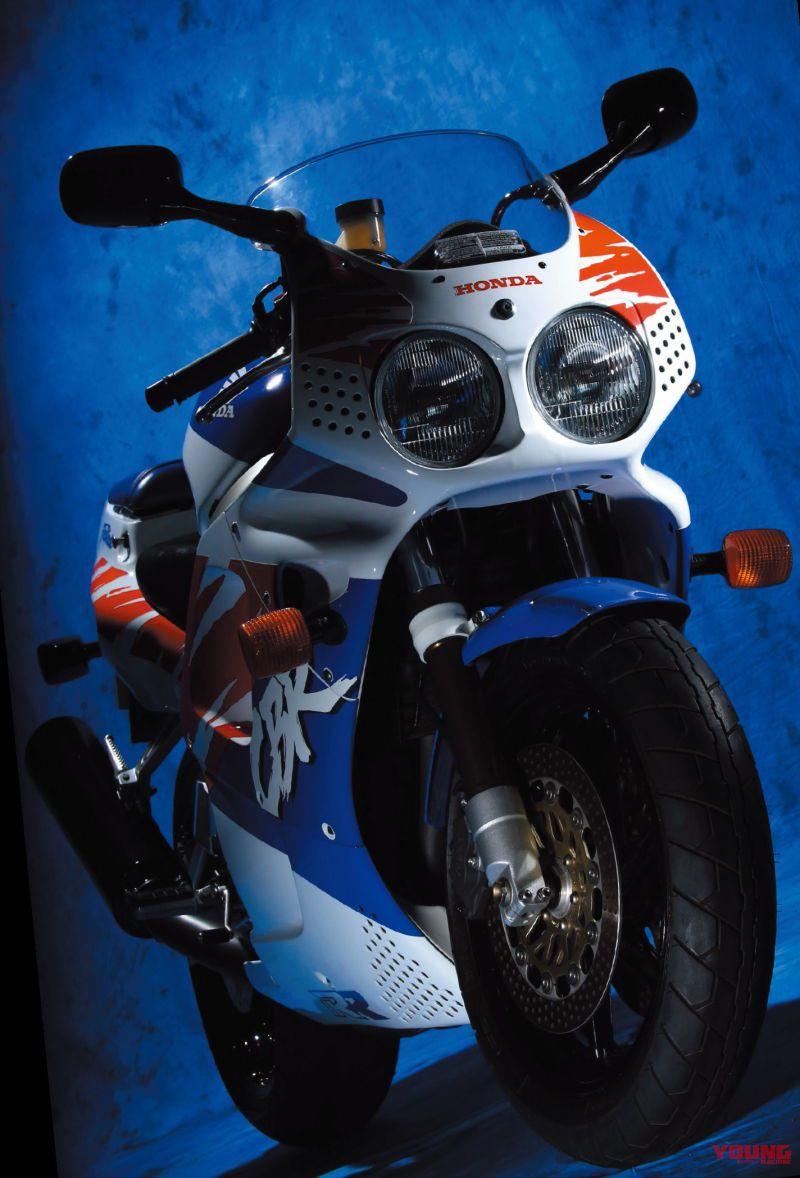 ホンダ CBR900RR